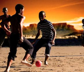 Football-Africa-Soulier d'Ébène relifté