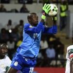 Senegal's Khadim Ndiaye Wins Best Foreign Player Award in Guinea
